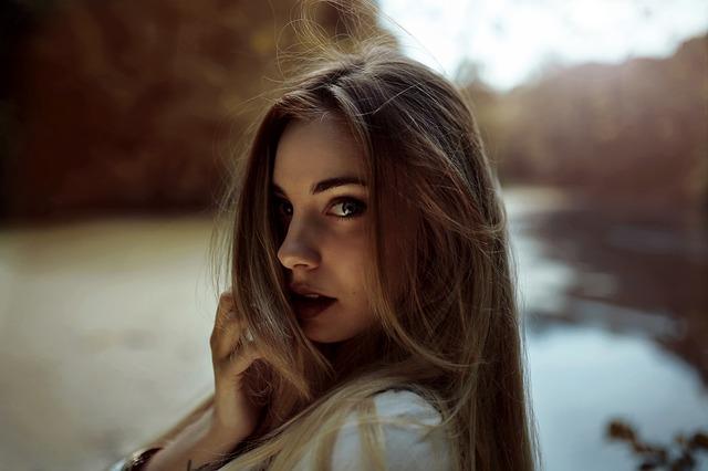 mladá dívka